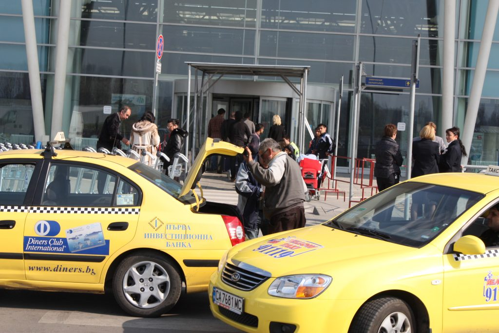 teb travel airport taxi